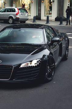 In loooooove❤❤❤ Black Audi R8 V10 Plus:D not a Spyder, but I still love R8s <333