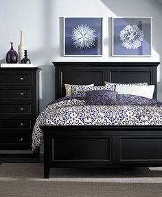 https://i.pinimg.com/236x/0b/9f/3d/0b9f3d8a309c7fefebede51e7fa92c3c--black-bedroom-sets-black-bedrooms.jpg