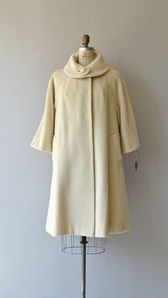 Lilli Ann swing coat vintage 1960s wool coat cream by DearGolden