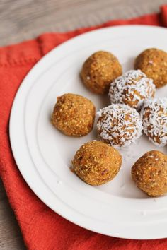 Healthy No-Sugar Carrot Cake Date Balls