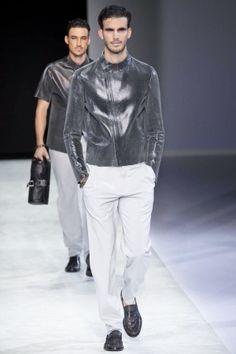 Emporio Armani Menswear Spring Summer 2014 Milan via http://nwf.sh/16tBf1e