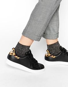 I already have the white zebra print versions, it's totally okay to add the leopard versions to my collection... Right?