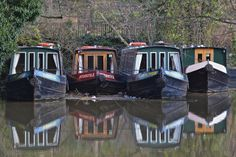 Canal Boats, Guildford by Peter Cook, via Flickr.com
