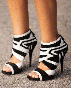 35 gorgeous paris of shoes spotted at #NYFW