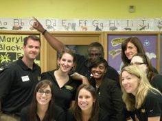 Stanley Black & Decker employees volunteered to teach JA in a Day lessons at Villa Cresta Elementary last week! We are so grateful for their support and generosity!