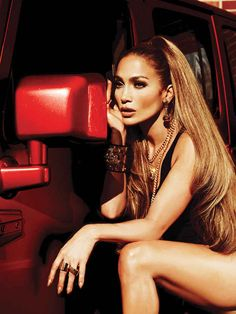 Jennifer Lopez - it looks like there's two lengths of extensions here. A ton of hair! By showcasing your hair in the front makes you look a lot younger! Full hair = youth!