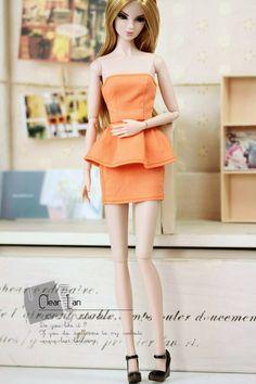 http://www.clear-lan.com/clothes/details.asp?id=M-201208-66