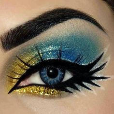Valentine's Day is coming soon and you need glamourous make-up ideas. Here are 30 glamorous make-up ideas that you can use on Valentine's Day. Love Makeup, Makeup Art, Beauty Makeup, Makeup Looks, Gypsy Makeup, Gold Eyeliner, No Eyeliner Makeup, Shimmer Eyeshadow, Yellow Eyeshadow
