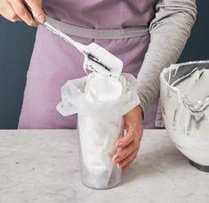 Kardinalschnitten Rezept - [ESSEN UND TRINKEN] Make An Effort, Icing, Deserts, Tasty, Food, Tiramisu, Blue, Vintage, Decor