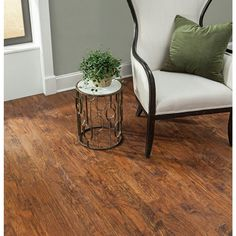 "luxury click vinyl plank quickpro 6""x48"" weathered oak 