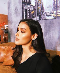 - Hairstyle Shapes - Hairstyles, Best Hairstyles, Hairstyles For Women - hairstyles Filipina Actress, Filipina Beauty, Liza Soberano Instagram, Lisa Soberano, Korean Men Hairstyle, Most Beautiful Faces, Beauty Trends, Pretty People, Hair Trends