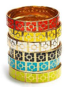 9dca5e3e2629 honey living  all in the wrist Beach Bag Essentials