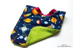 Jill from Snugglebug University shares a tutorial at Make It and Love It showing to sew her favorite baby bib. The front is a soft flannel and the back is an absorbent terry cloth. But the best p…