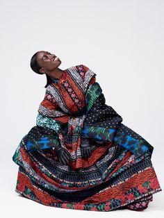La collection capsule Kenzo pour H&M sortira le 5 novembre en boutique. L'occasion de découvrir ou redécouvrir l'intégralité de la collaboration, des robes à motifs zébré ou à fleurs, doudoune colorée et tee-shirts jungle...Pour préparer sa shopping list en attendant le jour J.