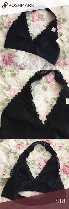 Black unlined bra Size Medium Victoria's Secret sexy black lace bra unlined, stretchy band..never worn! New with tags! Victoria's Secret Intimates & Sleepwear Bras