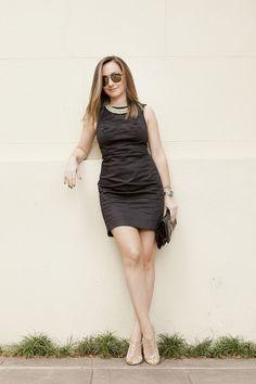 Vestido preto básico Forum - LBD Little Black Dress