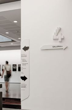 MAXXI Museo Delle Arti Environmental Graphic Design, Environmental Graphics, Tool Design, Design Projects, Web Design, Wayfinding Signage, Signage Design, Study Cafe, Sign System