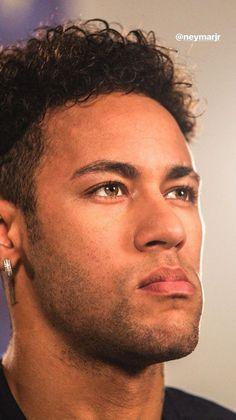 50 Neymar Haircuts – Men's Hairstyle Swag - New Site Neymar Barcelona, Neymar Hd, Psg, Best Football Players, Soccer Players, Neymar Jr Brazil, Neymar New Haircut, Neymar Jr Wallpapers, Neymar Brazil