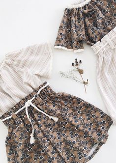 Little Girls Handmade Blouses & Palazzo Pants Little Girl Fashion, Toddler Fashion, Kids Fashion, Fashion Outfits, Grace Clothing, Kids Outfits, Cute Outfits, International Clothing, Baby Kids Clothes