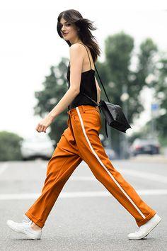 街拍新潮流:快把學生時期運動褲挖出來!