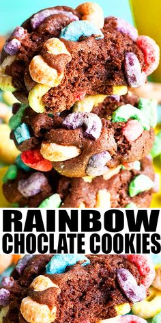 RAINBOW COOKIES RECIPE (FROOT LOOPS COOKIES)- Quick and easy cookies, homemade with simple ingredients. Loaded with rich chocolate flavor and crunchy cereal topping. Easy dessert or snack and great for rainbow birthday parties or St.Patrick's day. From CakeWhiz.com #cookies #dessert #rainbow #chocolate Kitchen Recipes, Baking Recipes, Cookie Recipes, Vegan Recipes, Easy No Bake Desserts, Delicious Desserts, Chocolate Cookies, Chocolate Recipes, Chocolate Lovers