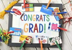 100 Best Graduation Gift Ideas which are thoughtful, useful & extremely special - Hike n Dip Unique Graduation Gifts, High School Graduation Gifts, College Graduation Gifts, College Gifts, Dollar Tree Gifts, Creative Money Gifts, Senior Gifts, Best Gifts, Gift Ideas