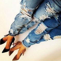 Destroyed Jeans mit Pumps