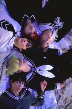 K Pop, I Hate Boys, All About Kpop, Rainbow Aesthetic, Aesthetic Art, Pop Group, Photo S, Boy Bands, Concept