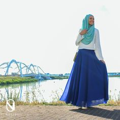 We have to admit; the Nesci wavy skirt in royal blue looks absolutely amazing on her, but her smile is still the prettiest thing she is wearing. Hijab Outfit, Her Smile, Muslim, Royal Blue, Take That, Christian, Style Inspiration, Fashion Outfits, Pretty