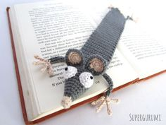 "Amigurumi Crochet Rat Bookmark - ""Book-Rat"" - Supergurumi"
