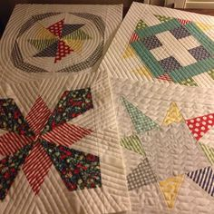 """These are some pretty fantastic """"learning"""" mini-quilts! #modern #quilt"""