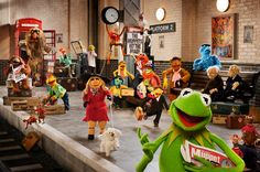 A great poster from The Muppets Most Wanted movie! Kermit the Frog, Miss Piggy, Fozzie the Bear and the rest of the cast! Miss Piggy, Pop Culture Halloween Costume, Halloween Costumes, Group Halloween, Halloween Ideas, The Muppets Tv Show, Wanted Movie, Muppets Most Wanted, Coming To Theaters