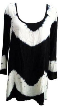 Black & White Tunic – 365 Days Of Resort Wear White Tunic Tops, Resort Wear, Boho Outfits, Black And White, Beach, How To Wear, Clothes, Dresses, Outfits