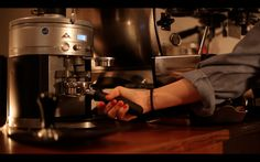 moliendo café...