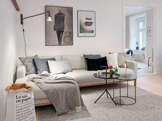 Cool 46 Inspiring Small Living Room Apartment Ideas. More at https://trendhomy.com/2018/04/18/46-inspiring-small-living-room-apartment-ideas/