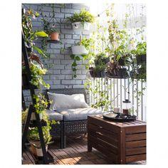 Super Apartment Balcony Ideas on a Budget DIY Outdoor Spaces 20 Ideas Ikea Outdoor, Outdoor Balcony, Outdoor Spaces, Outdoor Decor, Balcony Ideas, Outdoor Living, Patio Ideas, Backyard Ideas, Small Balcony Decor