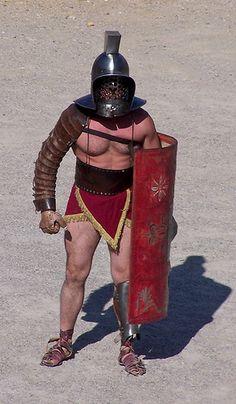 Gladiator by edna Gladiator Games, Gladiator Armor, Gods Of The Arena, Roman Gladiators, Marshal Arts, Roman Artifacts, Roman History, Ancient Rome, Roman Empire