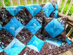 Free quilt pattern and tutorial for beginning quilters.  This lap quilt can be made in a weekend!