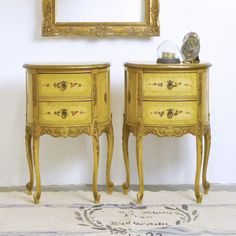 Pair of Demi Nightstands with 2 Drawers French Country Vintage Nightstand, Bedroom Vintage, Vintage Furniture, Luxury Interior, Interior And Exterior, Bedroom End Tables, French Royalty, Nightstands, French Country