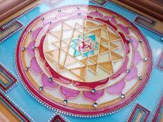 Sri yantra mandala pittura su vetro di ArwenFantasy su Etsy