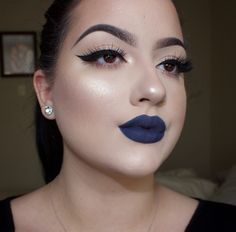 Winged liner and Navy lips NYX cosmetics Liquid Suede lipstick -Foul Mouth @makeupbykendraa