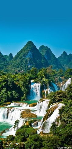 Detian Waterfall, Guangxi, China ✯ ωнιмѕу ѕαη∂у Beautiful World, Beautiful Places, Beautiful Pictures, Places To Travel, Places To See, Places Around The World, Around The Worlds, Beautiful Waterfalls, Adventure Is Out There