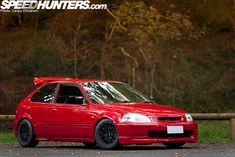 enjoying the black 949 Racing wheels - JOSH MAHER'S Civic EK HATCH via Speedhunters