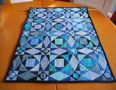 Storm At Sea quilt. Size is 23 x 29 inch - Grit's Life: Fertig !!!