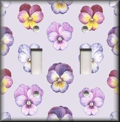 Floral Home Decor - Light Switch Plate Cover Pansies On Light Purple - Pansy #LunaGallerySwitchPlates