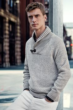 Effortless comfort doesn't have to come at the expense of great style. Gray melange sweater with wool content, shawl collar, and toggle button. | H&M Men