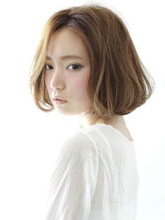 柔らかいパーマの大人のボブ Beauty Box, Hair Beauty, About Hair, Hair Styles, Women, Japanese, Craft, Hair Plait Styles, Japanese Language
