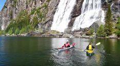 reisetips og reiseinspirasjon: I ett med naturen - Kajakkpadling på Dalsfjorden Lets Get Lost, One With Nature, Kayaking, Norway, Waterfall, Boat, Outdoor, Heavens, Voyage