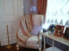 The famous chair in the Mauve Room in the Alexander Palace, Tsarskoe Selo, nowadays Familia Romanov, Alexandra Feodorovna, Tsar Nicholas Ii, Imperial Russia, Wing Chair, Beautiful Family, Vintage Photographs, Old Pictures, Boudoir