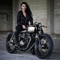 THUNDER DOLLS @thunderdolls @zadigmotorcycles #zadigmotorcycles | © Zadig Motorcycles | #thunderdolls